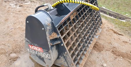 Our concrete mixing bucket is suitable fortelehandlers, front loaders, wheel loaders and hydraulic excavators.