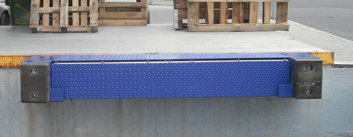 Mini dock-levellers – a compact mechanical leveller