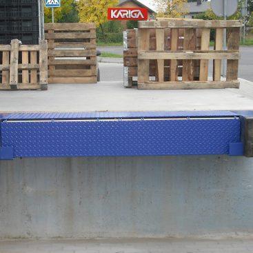 Mini rampos / fiksuojama rampa / užvažiavimo rampa/ rampa prie pastato
